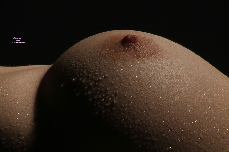 Water Droplets On A Boob , Wet Nipple, Artisitic Boob Photo, Beads Of Water On Breast, Perfect Tit, Boobs Beauty, Huge Boobs, Beaded Breast, Wet Boob, Breast Close-up, Wet Tit