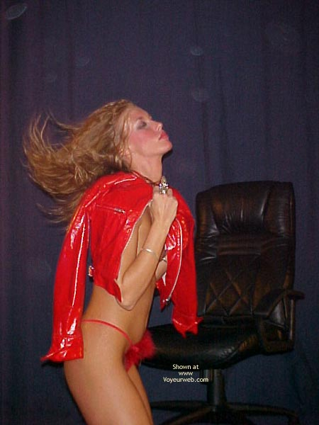 Pic #1 Jenna Red Hot Poses