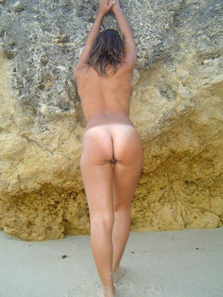 naked Beautiful women tanned