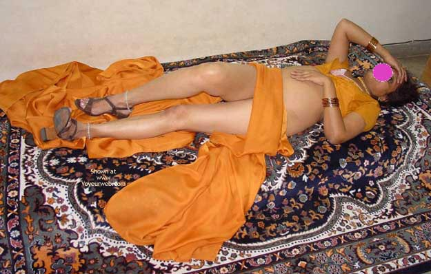 Pic #1 Bombay Lady In Saree 2