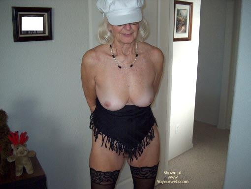 Pic #1 Mature Sexy Lady
