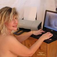 Voyeur Computer - Nude Amateur , Voyeur Computer, Nude, Looking At Camera, On Computer