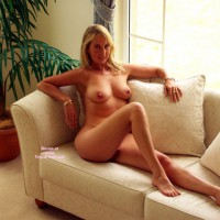 Nude Sexy Realtor Sitting On Couch With Bare Feet - Blonde Hair, Milf, Natural Tits, Naked Girl, Nude Amateur, Sexy Face, Sexy Feet, Sexy Woman , Superb Face, Very Natural, Nice Tits, Naked Lady Lounging, Stunning Milf, Nice Feet, Nude Blonde On Couch At Window Lounging One Knee Up, Naked On The Couch, Girl Naked On Couch