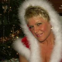 Angelique Present For Santa