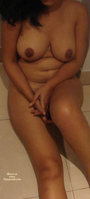 Horny Indian Wife - December, 2009 - Voyeur Web-8328