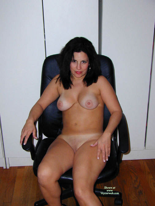 Sexy MILF In Chair - Black Hair, Large Breasts, Milf, Shaved Pussy, Naked Girl, Nude Amateur , Office Chair, Mature Milf, Nude At The Office, Medium Pendulous Breasts, Large Puffy Aerolas, Frontal Nude, Seated In Chair, Sitting Nude, Good Looking Milf