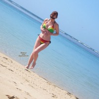 Topless Amateur: Naughty At The Beach