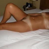 Nude Wife:Tan Lines