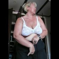 Topless Amateur:Maria Perverse-Falleuter