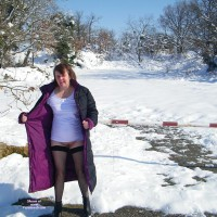 Nude Wife:More In The Snow