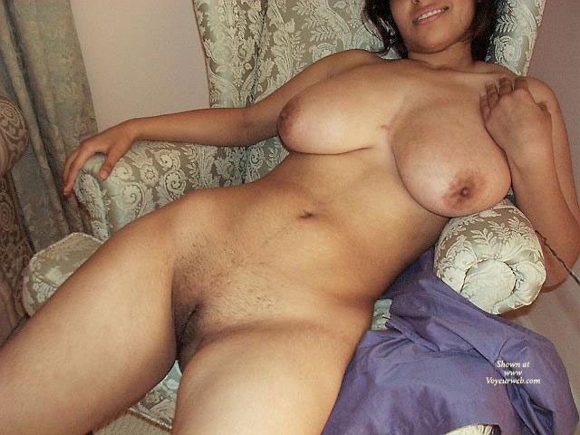 Sexy Naked New Wife Photos
