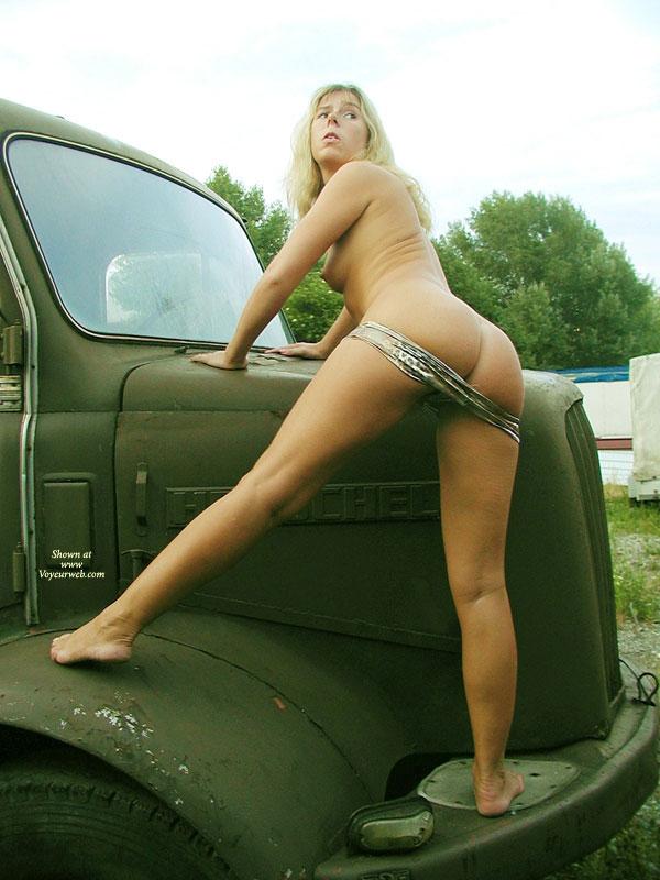 Topless Vintage Nude Car Sex Photos