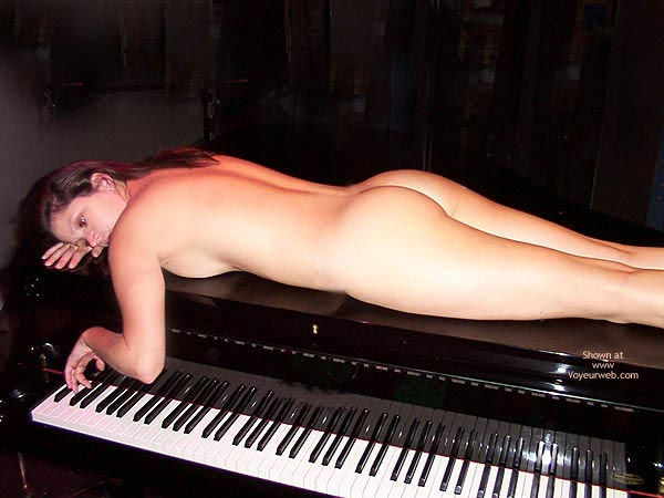 Nude On Piano - Long Hair , Nude On Piano, Brunett Nude On Piano, Long Brown Hair, Back Ass And Legs Showing