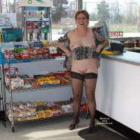 Topless Wife:Flashing At The Gas Station
