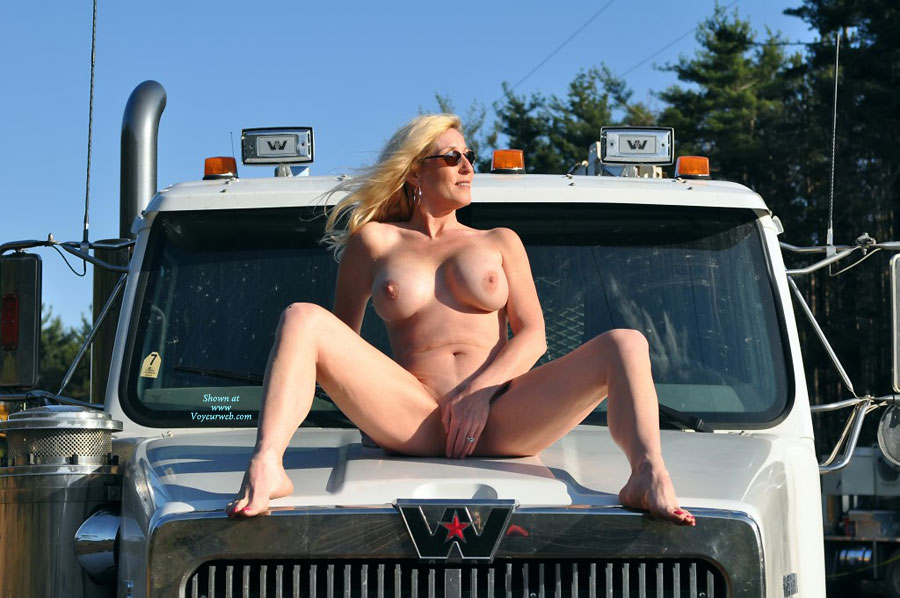 Your place Naked girls on cab hood