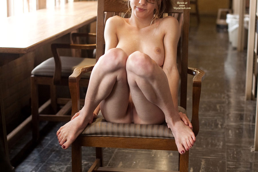 Pic #1 Nude Girlfriend: Steph Fully Nude In Library