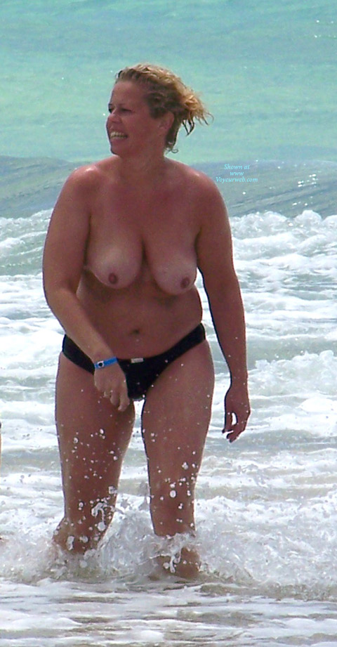 Pic #1 Beach Voyeur: Mature Tits From The Canaries