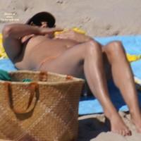 Beach Voyeur:Vivement Que L'été Revienne...