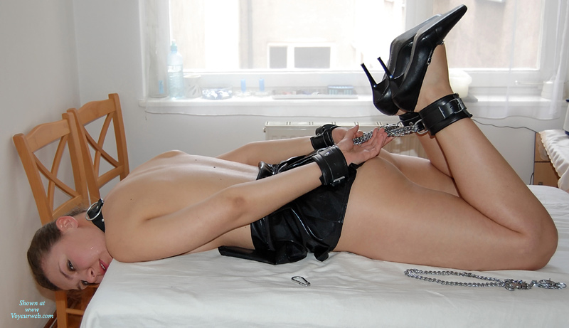 Girl tied up in bed naked