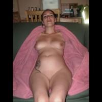 Nude Amateur:Pregnant Jaz