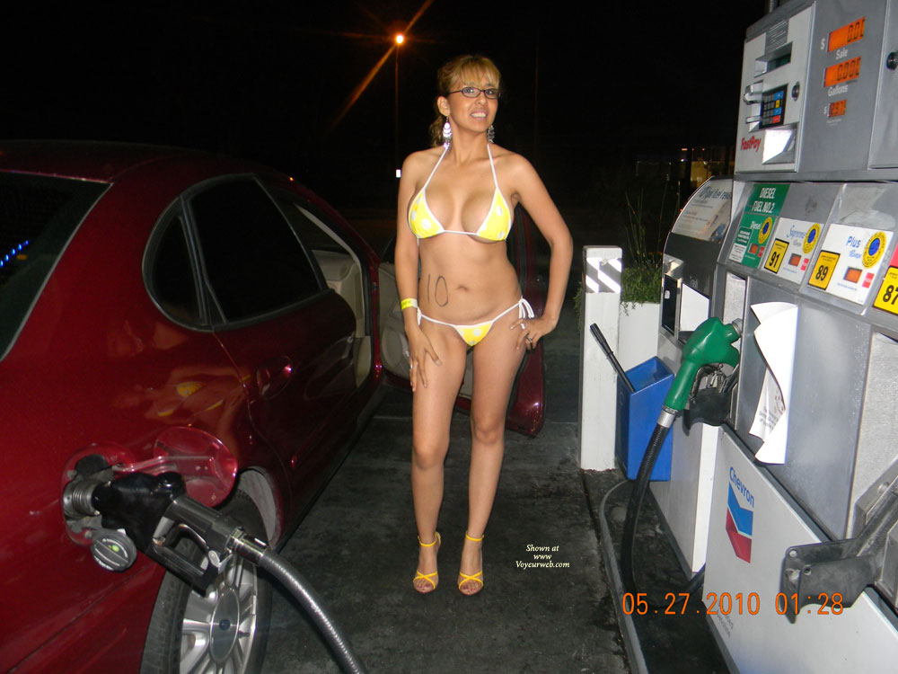 girl-getting-gas-naked-porn