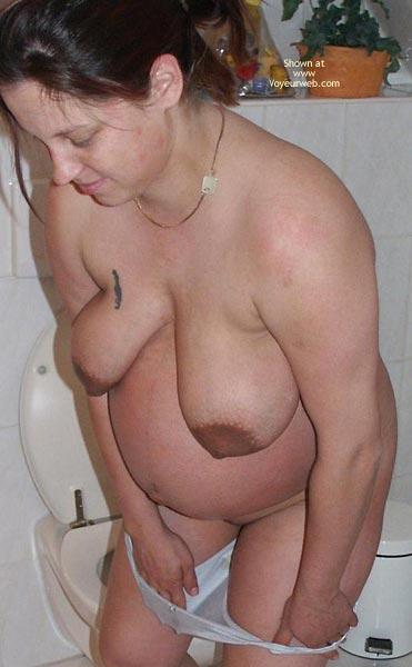 Pic #1Dep-Pregnant In Bathroom