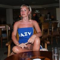 Topless Me:*UM The Bar
