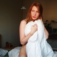 Nude Girlfriend Redheaded Twinkie In Color
