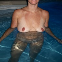 Nude Wife:Vacation