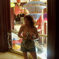 Topless Amateur: More Of Vegas