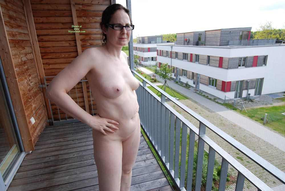 My neighbors wife naked