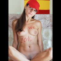 Nude Me: *SW Lir Support And Congratulate Spain , Lady In Red Support And Congratulate Spain In WC 2010!!!