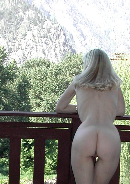 Outdoors - Nude Outdoors, Hot Wife , Outdoors, Blonde Backsides, Wfi