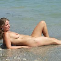 Nude Amateur:Costinesti 2010 3