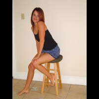 Nude Amateur:K-babe Tempting