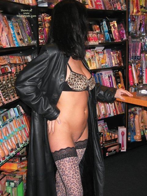 Pic #1Angelina: Erotic Shopping