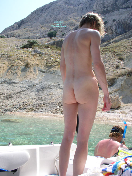 Pic #1Nude Ex-Girlfriend: Vacation