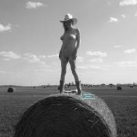 Nude Wife:Horny Farm Girl
