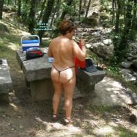 Nude Wife on heels:Exhibida