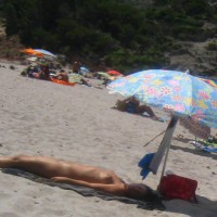 Beach Voyeur: Nude Sleeping Beauty