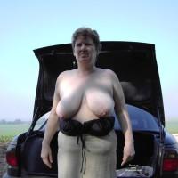 Topless Ex-Wife:Meine Titten I