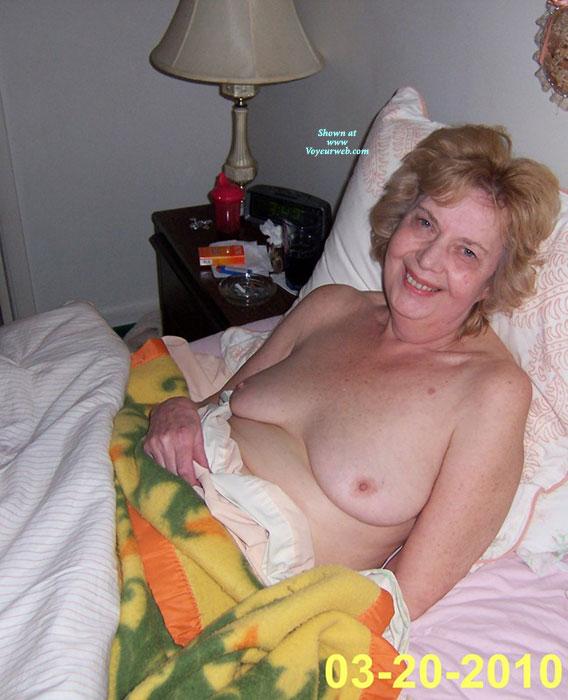 Bikini Nude Wife Video Post HD