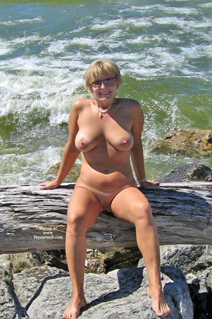 Sexy Boobies - Large Breasts, Shaved Pussy, Beach Voyeur, Sexy Boobs , Sexy Boobies, By The Sea, Large Breasts, Shaved Pussy, Pussy, Boobs, Beach, All Natural
