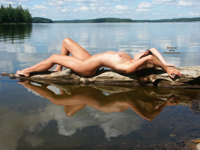 Beautiful Scenery With Nude Girl - Naked Girl, Nude Amateur, Sexy Body, Sexy Figure, Sexy Legs , Naked On A Log, Glass Lake, Nice View, Slim And Wet, On The Lake, Lake Nymph, Reflection Of Perfection, Drift Wood, Perfect Natural View