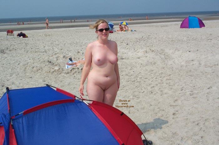 Girlfriend nude beach — 14