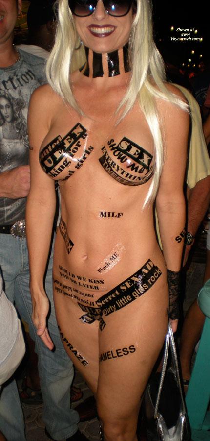 Amateur nude temporary short