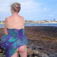 Topless Wife: Rita's Fun In Fuerteventura