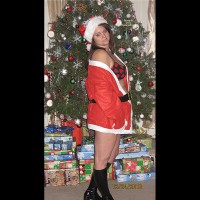 Topless Wife: *XM Ms.Clause Is Cumming To Town - Prt 2