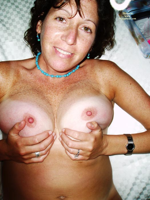 Milf tan boobs