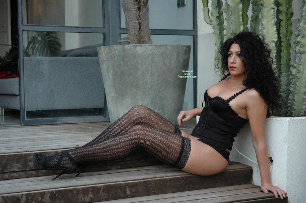 Mila Very Salut , She Is Mi Wife Mila And She Like Show His Body